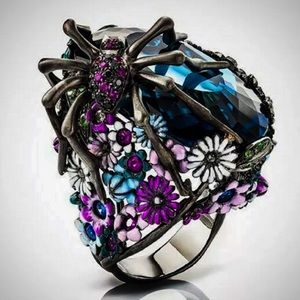 BETSEY  JOHNSON~ Spider Ring Size 7, 8, 9 and 10.